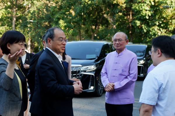 ต้อนรับ H.E. Mr. Ruan Chengfa ผู้ว่าการมณฑลยูนนาน ประเทศสาธารณรัฐประชาชนจีน