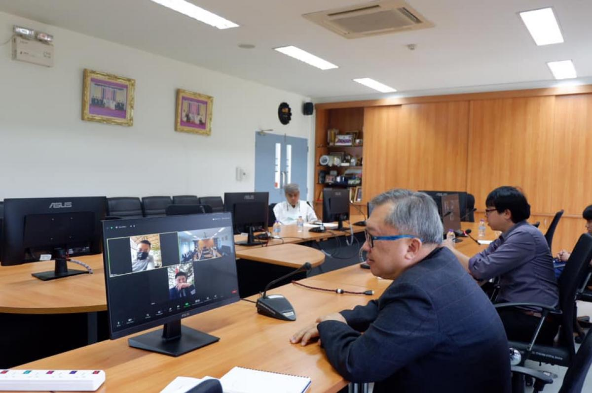 การประชุม Open Edutainment ผ่านระบบ Zoom ระหว่างผู้แทนมหาวิทยาลัยจากประเทศสาธารณรัฐประชาชนจีน