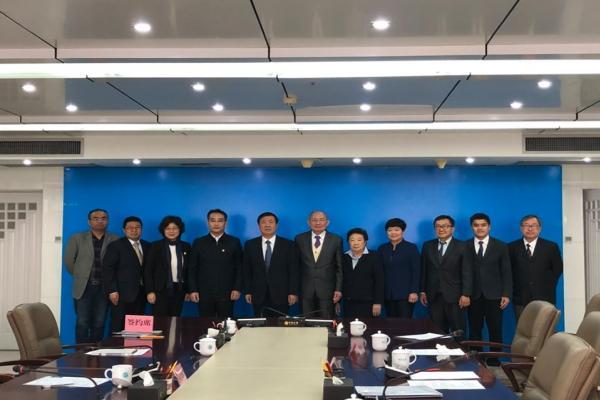 ร่วมพิธีลงนามในข้อตกลงความร่วมมือทางวิชาการระหว่างมหาวิทยาลัยเชียงใหม่กับ Ningxia University