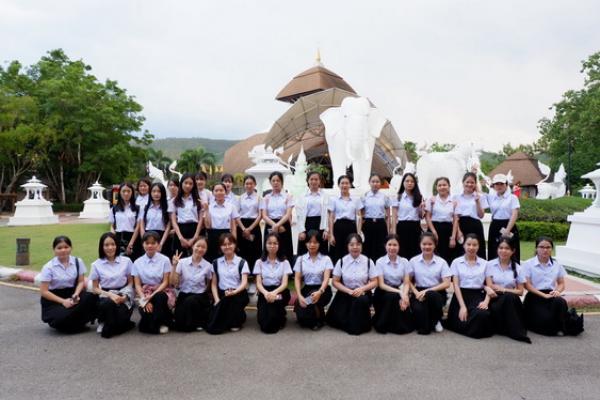 กิจกรรมทัศนศึกษานอกสถานทีให้กับนักศึกษา จากมหาวิทยาลัย Guangxi University of Finance and Economics ประเทศสาธารณรัฐประชาชนจีน